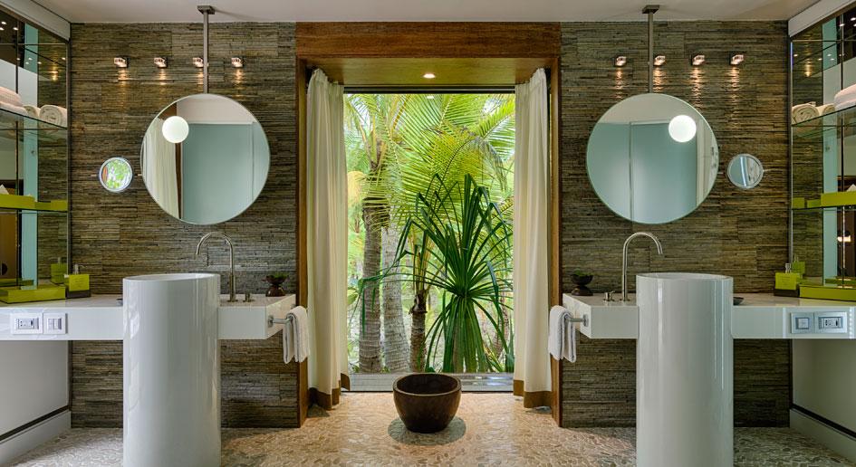 The Brando Bathroom