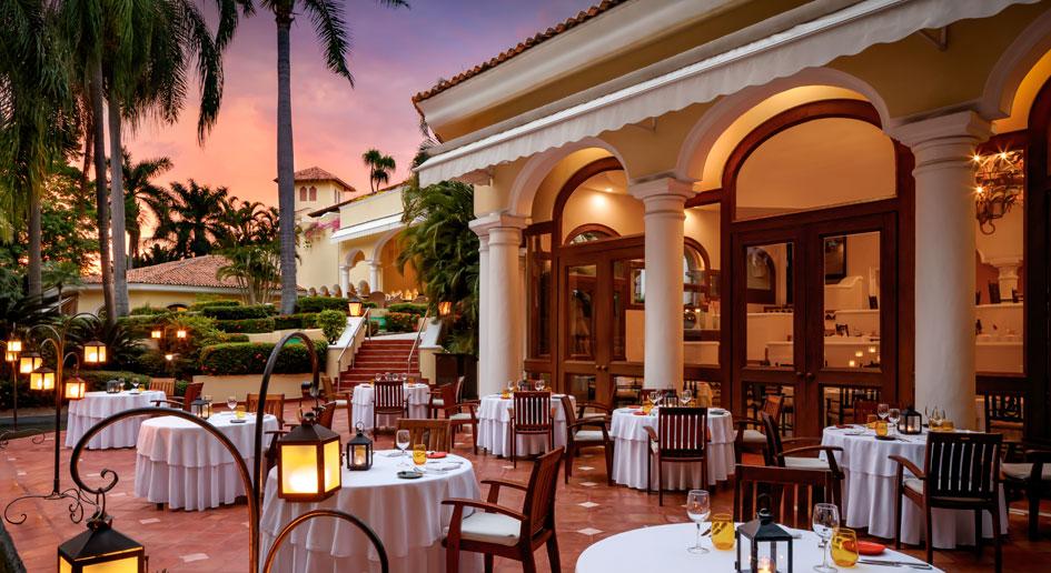 Casa Velas Dining